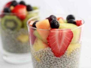 Chia (Pouding) à la Vanille et aux Fruits